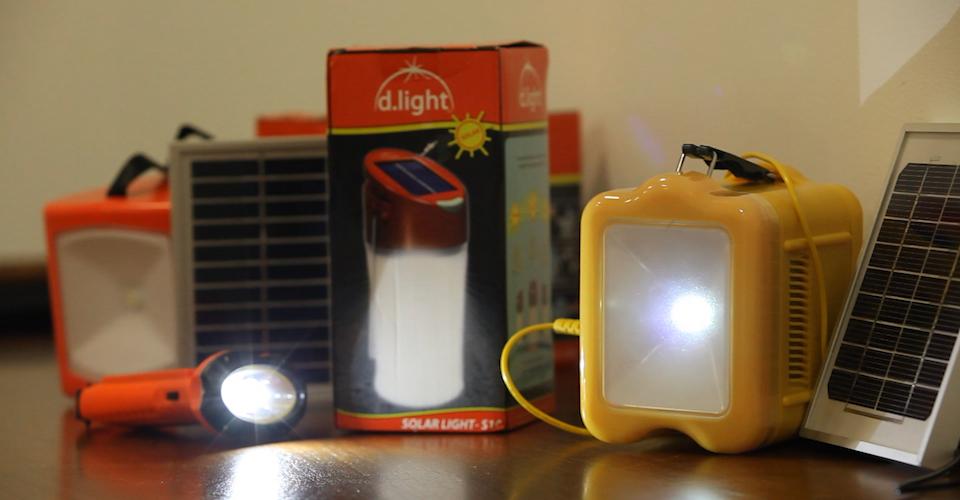 various emergency flashlights
